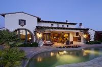 アメリカ合衆国 プールがある邸宅