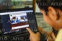 パキスタンに「猫耳大臣」 会見中継で撮影ミス