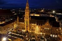 ミュンヘン 新市庁舎 夜景 クリスマスマーケット