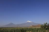 アルメニア 小アララト山と大アララト山