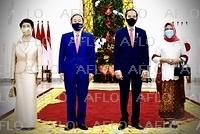 菅首相が初外遊 東南アジアを訪問
