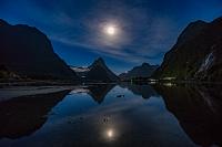 ニュージーランド ミルフォード・サウンド 夜景