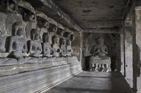 インド エローラ石窟群 第12窟 ティーン・タル窟 内部(3階...