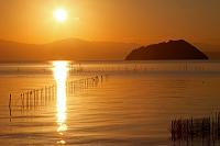 滋賀県 湖北 夕日(竹生島を望む)
