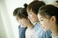 日本人の小学生横顔