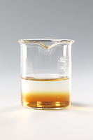コーヒーシュガーが水に溶ける様子 A12-5