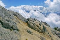 長野県 甲斐駒ヶ岳から雲湧く鳳凰三山