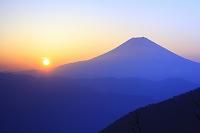 静岡県 安倍峠 夜明けの富士山と朝日