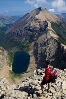 アメリカ合衆国 ハイキングをする女性