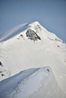 富山県 春の立山 奥大日岳と登段者