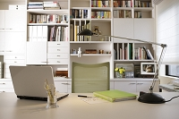 本棚のある仕事部屋
