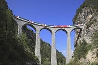 スイス ラントヴァッサー橋と氷河鉄道