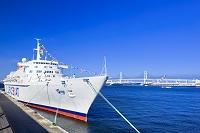 神奈川県 大桟橋に停泊中のオセアニック号