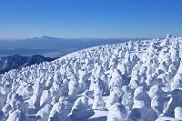山形県 樹氷と月山と鳥海山