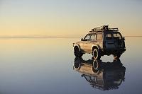 ボリビア ウユニ 車