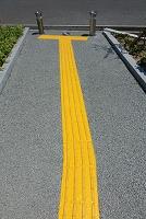 歩道の点字ブロック