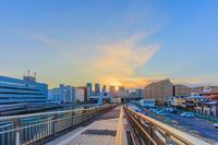 東京都 しおかぜ橋歩道橋