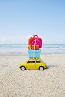 砂浜とおもちゃ