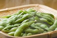 茹で上がる枝豆