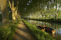フランス ミディ運河のローボート