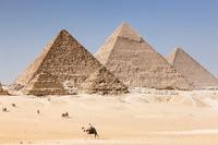 エジプト ギザ ギザの三大ピラミッド