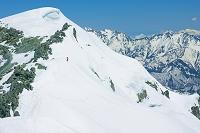 富山県 雄山山頂より大汝山と後立山の山々