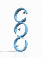 三段に重なったリング形状矢印