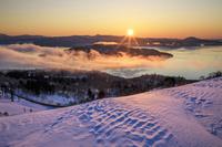 北海道 屈斜路湖と朝日