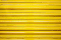 黄色のシャッター