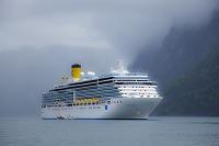 ノルウェー ヘルシルト クルーズ船