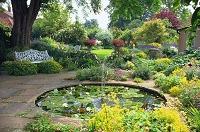 イギリス・サフォーク州 B&B(宿泊施設)の庭