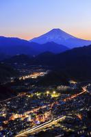 山梨県 岩殿山より富士山の夕焼け