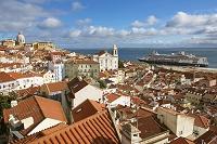 ポルトガル リスボン クルーズ船 豪華客船
