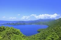 秋田県 紫明亭展望台より十和田湖