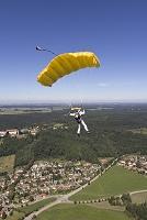 ドイツ パラシュート