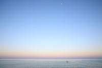 朝焼けの水平線