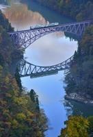 福島県 只見線第一鉄橋と電車
