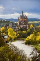 ドイツ 黄葉とリンブルク大聖堂