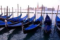 イタリア ベネチア 大運河の夜明けとサン・ジョルジョ・マッジ...