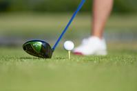 ドライバーヘッドとゴルフボール
