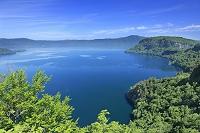 青森県 瞰湖台より十和田湖