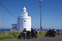 北海道 納沙布岬灯台とライダー