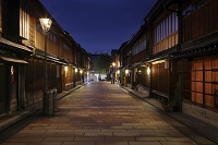 石川県 夜のひがし茶屋街