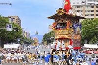 京都府 祇園祭 辻回しをする北観音山