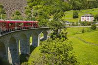 スイス レーテイッシュ鉄道 車窓から