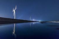 静岡県 星空の遠州大砂丘の風力発電