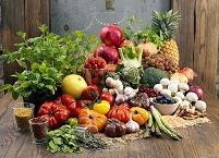 たくさんの野菜と果物とハーブ
