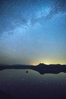 北海道 摩周湖より天の川