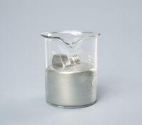 水銀に浮かぶ鉄