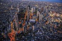 東京都 新宿ビル群の夜景の俯瞰